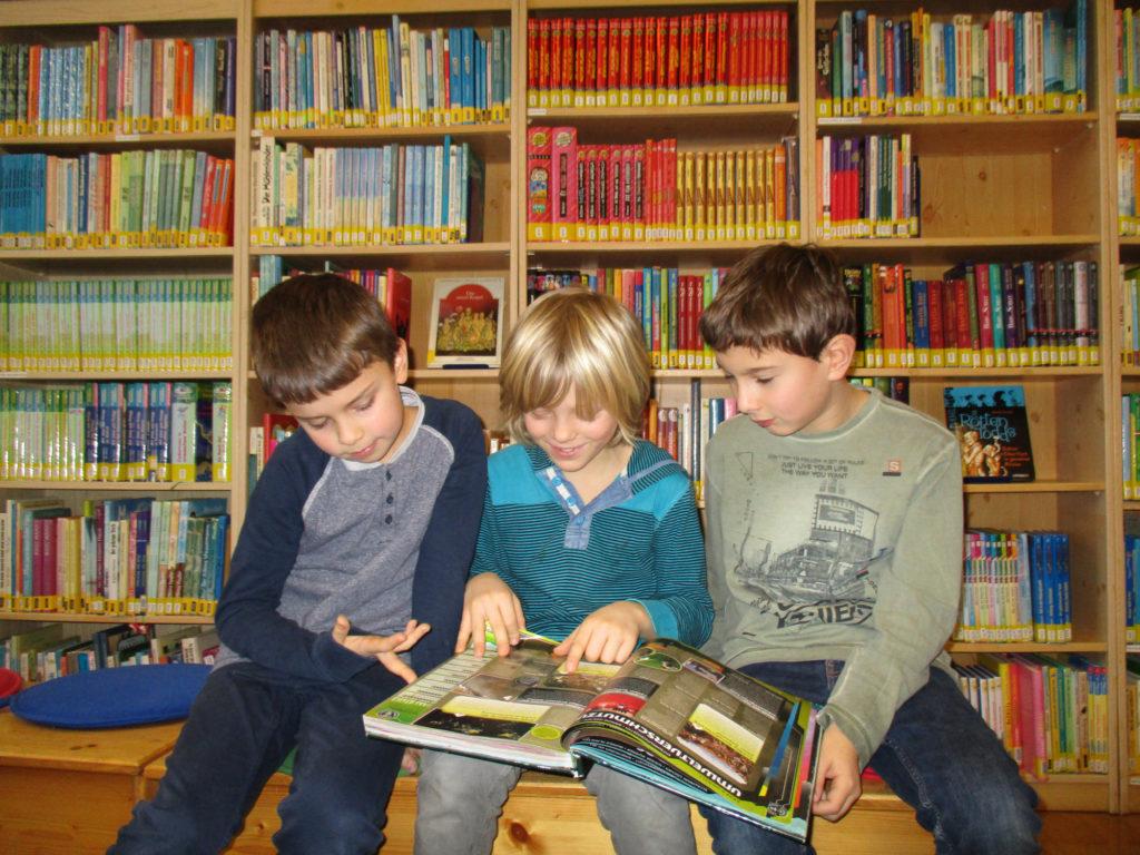 Bibliothek VS Gratwein